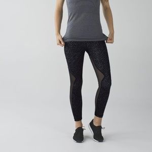 2/$80 🦋 Lululemon Running In The City Tights